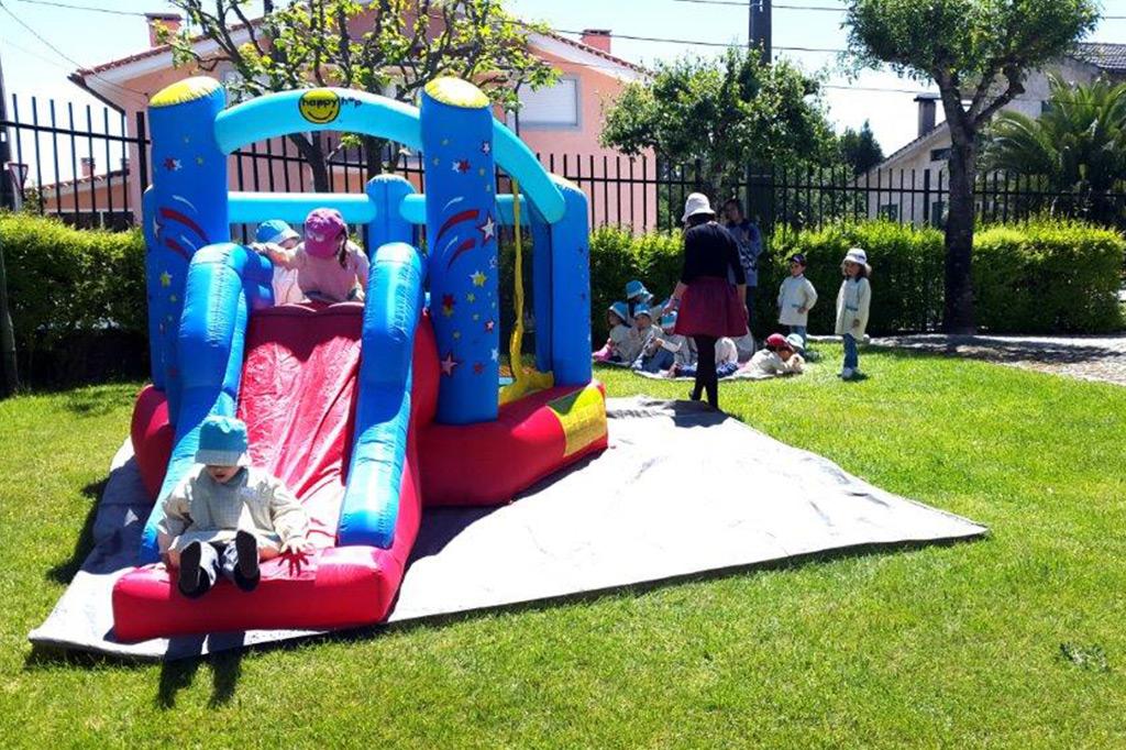 jardim-de-infancia-ar-livre